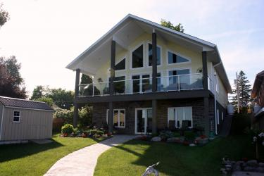44 Falls Bay Road, Bobcaygeon Ontario, Canada